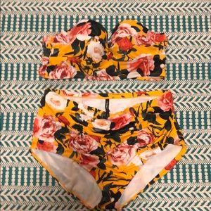 Torrid yellow flower swimsuit size 3x New